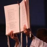 Alla lettura del brano biblico può seguire il canto di un salmo responsoriale, una breve omelia, la preghiera dei fedeli, l'invocazione dei santi, l'orazione di esorcismo e l'unzione pre-battesimale;.