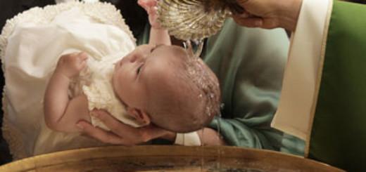 battesimo-acqua-fonte-battesimale