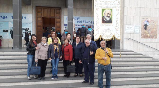 """Il gruppo di preghiera parrocchiale """"San Pio"""" al convegno regionale a Trani"""